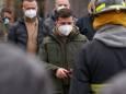 Зеленский наградил спасателей, которые тушили пожар в Чернобыльской зоне