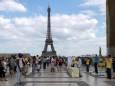 Франція готується відновити роботу туристичного сектора