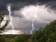 На 15 червня в Україні оголосили штормове попередження