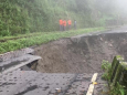 Оползень в Западной Бенгалии разрушил дорогу