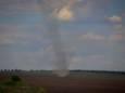 В полях Одесской области бушуют смерчи