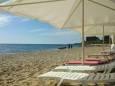 На пляже украинского курорта нашли мину