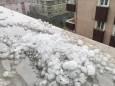 На Стамбул обрушился сильный ливень с градом величиной с грецкий орех