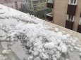 На Стамбул обрушилася сильна злива з градом завбільшки з волоський горіх
