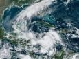 Тропічний шторм «Дельта» формується поблизу Ямайки