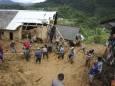 Сильный дождь вызвал наводнения и оползни в 8 провинциях Индонезии