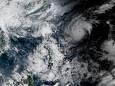 Тайфун «Гоні» швидко посилюється і стає найсильнішим ураганом на Землі в році