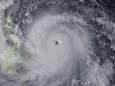 ВИДЕО. Самый мощный тайфун в истории