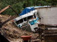 В Гватемале на местах поисковых работ сошли новые оползни