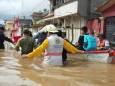 После проливного дождя из-за урагана «Эта» Мексику накрыли наводнения