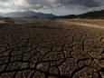 Для борьбы с засухой в ЮАР предложили затенять Солнце