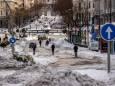 Гонка со временем: врачи и добровольцы борются с непогодой в Испании