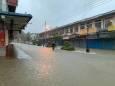 Почти 2 тысячи человек переселены в результате наводнения в Малайзии