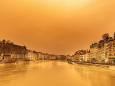 Сильный ветер принес в Европу песок из Сахары