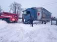 В 7 областях України через снігопади обмежено рух вантажівок