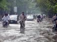2 погибших и 10 домов разрушены после проливного дождя на севере Пакистана