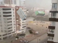 Турция: мощный шторм срывает крыши зданий в Газиантепе