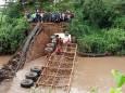 В Кении наводнения привели к переселению тысяч людей по всей стране