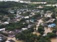 После сильных дождей в Колумбии начались оползни и наводнения