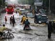 Муссонные дожди вызывали хаос в Мумбаи