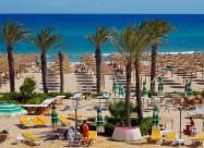 Тунис возобновил туристический сезон, но украинцев пускать не будет