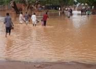 ВІДЕО. Повінь в Судані позбавила житла сотні тисяч людей