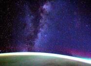 Астронавт SpaceX Dragon Resilience поделился удивительным видео Млечного пути