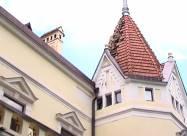 В Черновцах молния разрушила крышу больницы