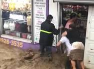 Сильные дожди вызвали внезапные наводнения в Коста-Рике