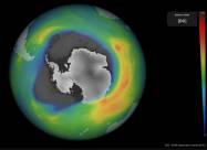 Вчені: озонова діра над Південним полюсом тепер більше Антарктиди
