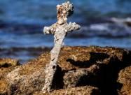 Дайвер нашел меч крестоносца у побережья Израиля