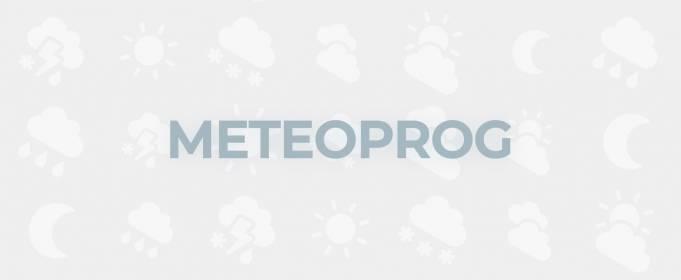 Видео - факт. Небо Торонто изрезали сотни молний