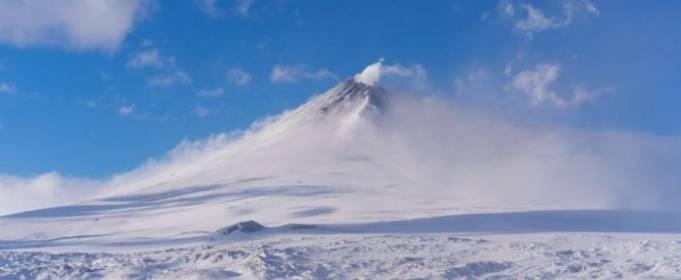 Извержение вулкана на Аляске