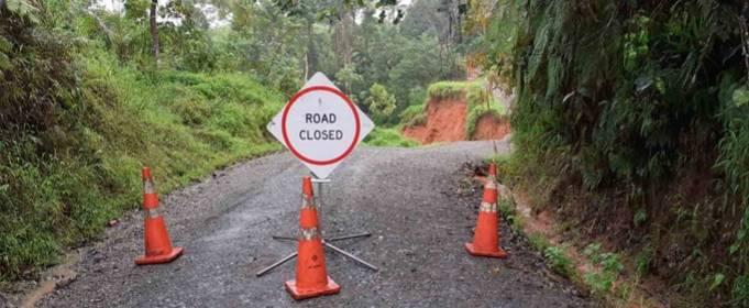 Сильные дожди вызвали наводнение и оползни на Фиджи