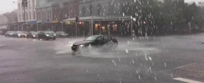 Обильные осадки в Мельбурне: самый дождливый апрель за 60 лет