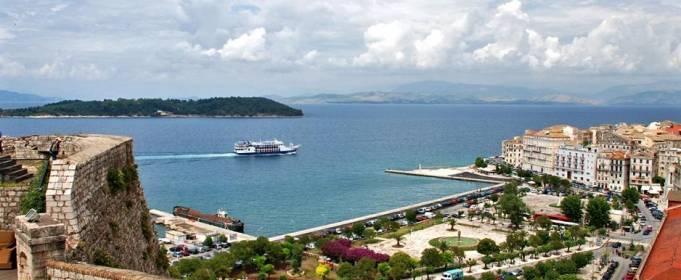 Греція вже в липні планує відкрити туристичний сезон