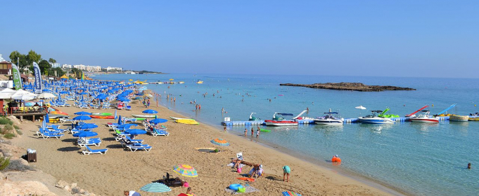Кіпр відкриє аеропорти з 9 червня