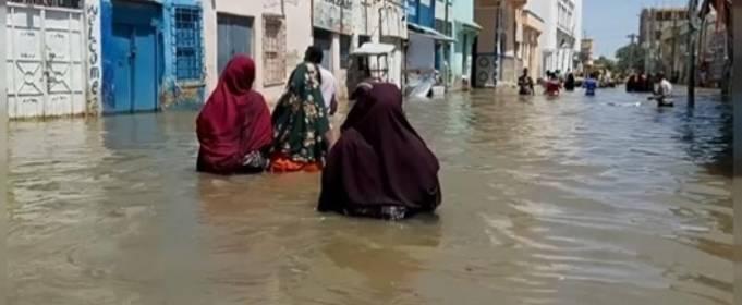 У Сомалі потужна повінь залишила без житла сотні тисяч людей