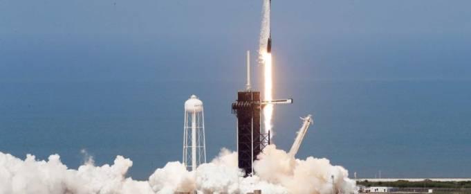 Космический корабль Crew Dragon успешно отправили в космос