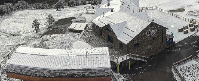 Андорру засыпало летним снегом