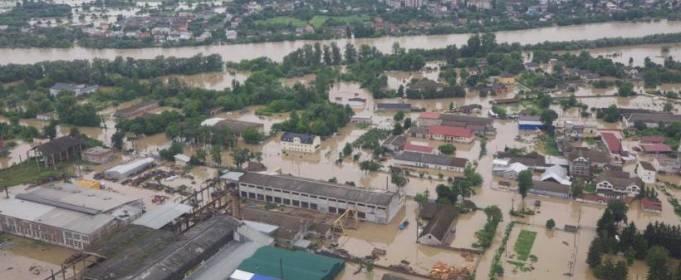 На Прикарпатье затопило больницу с инфицированными коронавирусом