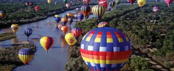 Под Киевом стартовал фестиваль воздушных шаров