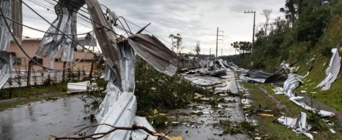 Ураган в Бразилії залишив без світла 1,5 млн жителів