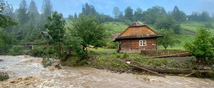 На Прикарпатті не залишилося підтоплених будинків