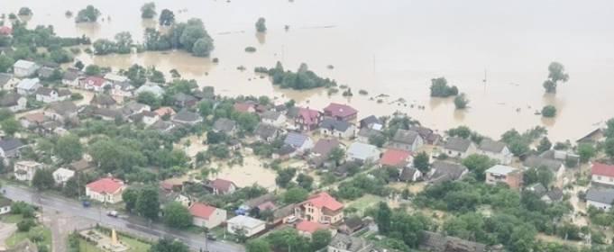На Прикарпатье еще три села остались изолированными из-за стихии