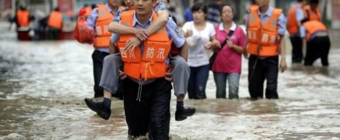 Жертвами наводнений в Китае стали более 140 человек