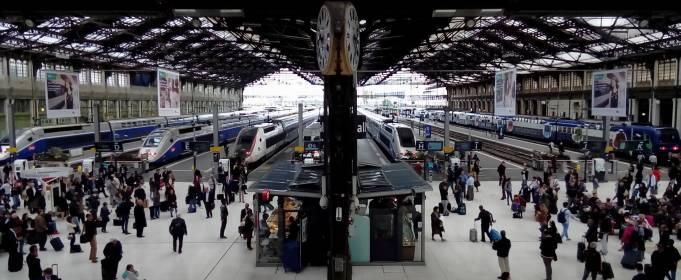 На залізничному вокзалі в Парижі почали вимірювати температуру пасажирів