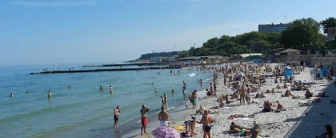 Вода на трьох пляжах Одеси забруднена мікробами