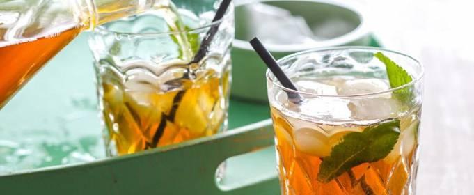 Чем в жару опасны холодные чай и кофе
