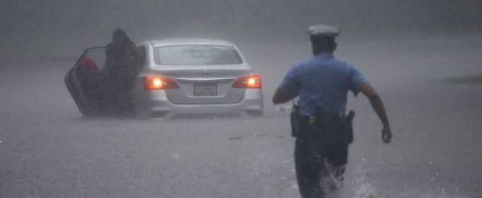 Жертвами урагана Исайя в США стали 6 человек